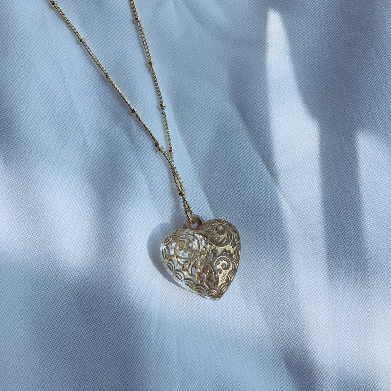Golden glass heart ball chain necklace