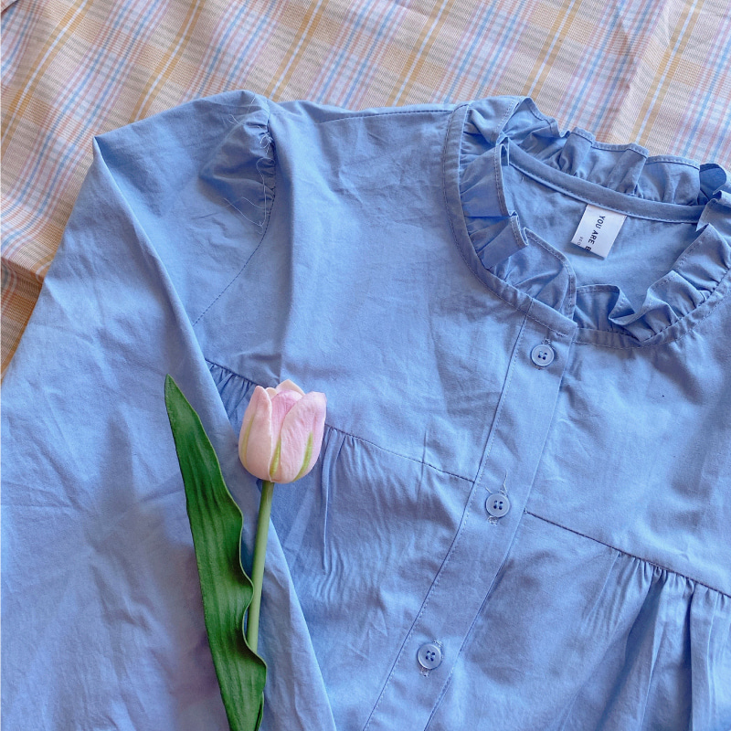 Fril collar blouse (sky blue)